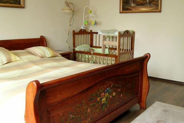 Stylowe łóżko Dębowe